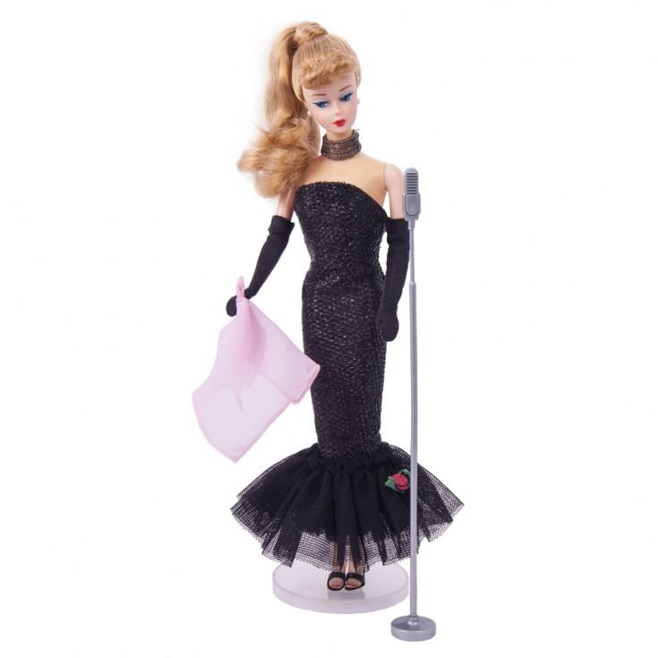 Fotografía con fondo blanco de Barbie Colección
